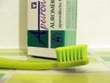 sanft und gründlich Zahnbürste